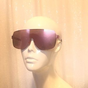 Pink unisex metal shades